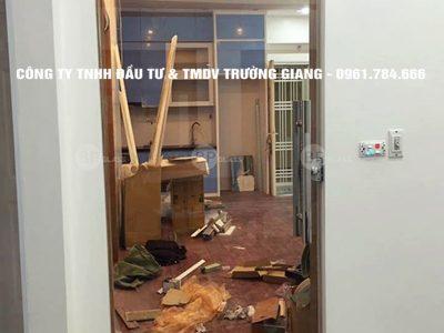 Mẫu Cửa kính cường lực nhà Em Loan ở  Ninh Bình