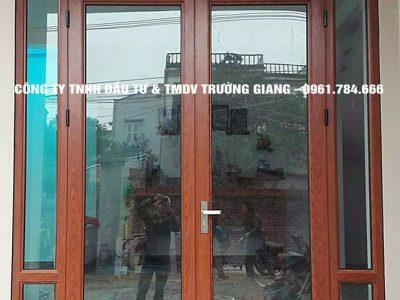 Mẫu Cửa kính cường lực nhà Ông Hướng ở  Ninh Bình