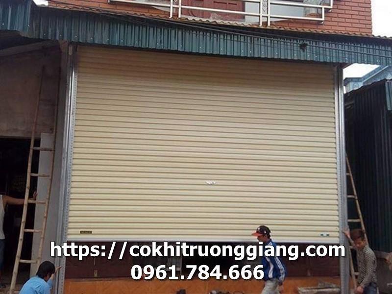 Cua-cuon-tam-lien-Austdoor-Ninh-Binh-10-Copy.jpg