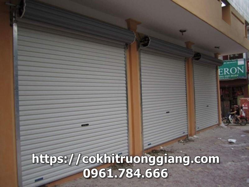 Cua-cuon-tam-lien-Austdoor-Ninh-Binh-6-Copy.jpg