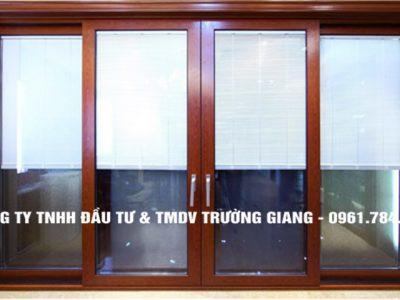 Mẫu cửa nhôm kính đẹp tại Ninh Bình 2