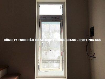 Mẫu cửa nhôm kính đẹp tại Ninh Bình 20