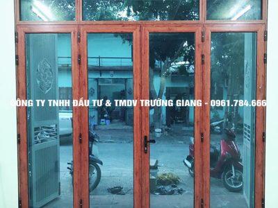 Mẫu cửa nhôm kính đẹp tại Ninh Bình 36