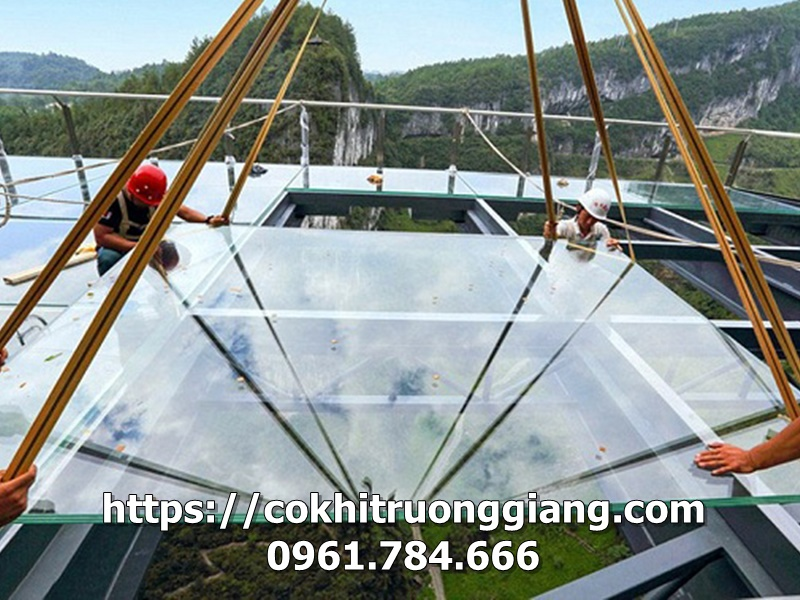 Mái kính cường lực đẹp tại Ninh Bình