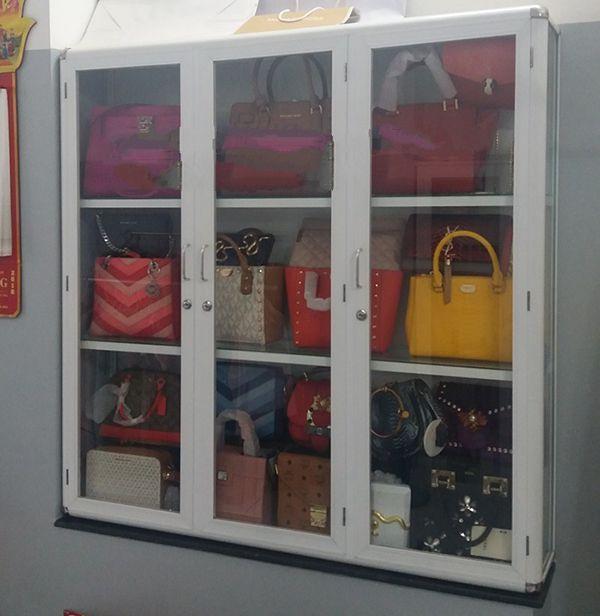 Mẫu tủ nhôm kính bán hàng, mẫu tủ nhôm kín trưng bày đẹp