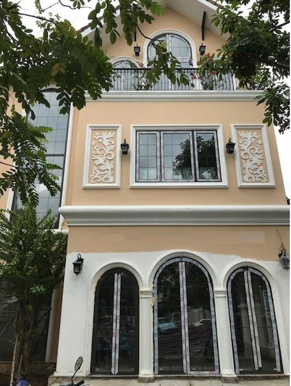 Mẫu cửa nhôm kính xingfa Ninh Bình do Cơ khí Trường Giang lắp đặt